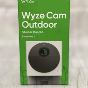 Wyze Cam Outdoor for Sale in Glendora, CA