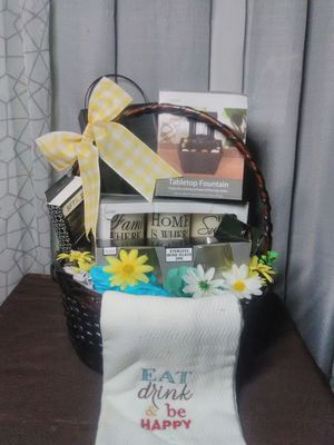 Mother's day basket for Sale in St. Joseph, MI