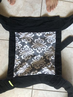 Infantino baby carrier for Sale in Escondido, CA