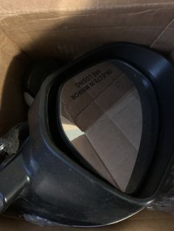 10-13 Mazdaspeed 3/ Mazda 3 Turn Signal Mirrors for Sale in Portland,  OR