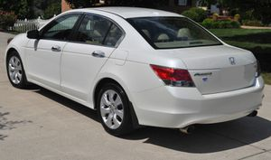 Great Shape. 2O08 Honda Accord AWDWheels for Sale in Jacksonville, FL