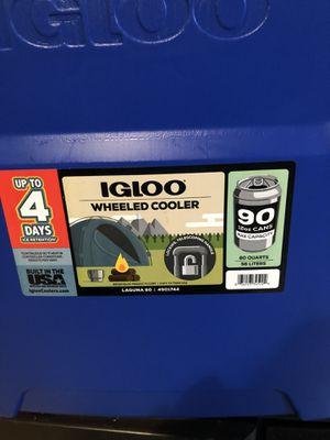 Igloo wheeled 60 Qt Laguna Roller Cooler 55 liters 90 cans for Sale in San Bernardino, CA