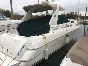 2000 310 Searay 31.5' for Sale in Stamford, CT