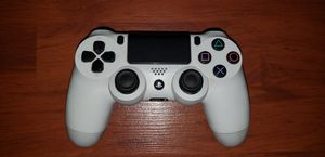 PS4 WIRELESS CONTROLLER(arctic white edition) for Sale in Reading, PA