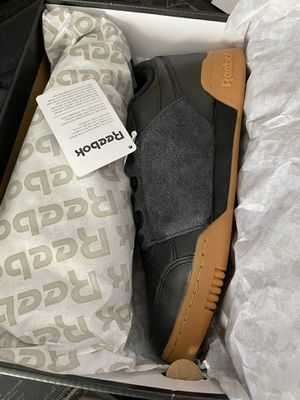 DeadStock size 9 Reebok plus nepenthes unisex for Sale in Queens, NY