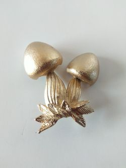 Napier mushrooms brooch for Sale in Parker,  CO