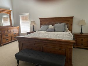 California King Bedroom set for Sale in Indio, CA