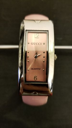 7a064de89650 Lady GUCCI Watch (Pink/Silver Toned) for Sale in Sun City, AZ