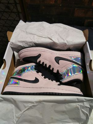 Air Jordan 1 Mid Dirty Powder Iridescent for Sale in Chicago, IL