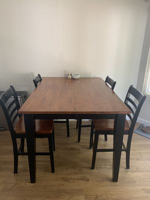 Dining Table for Sale in Brentwood, CA