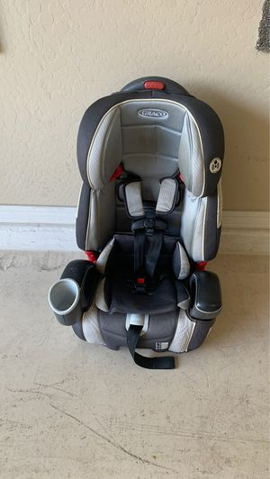 Graco convertible car seat baby seat for Sale in Phoenix, AZ