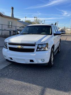 Chevy tahoe 2007 LT for Sale in Phoenix,  AZ