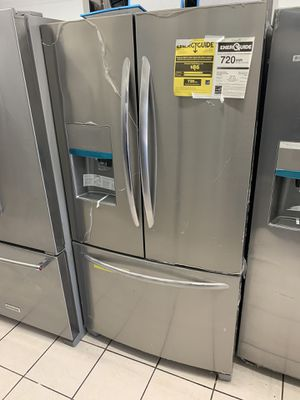 FRIGIDAIRE FRENCH DOOR REFRIGERATOR for Sale in San Diego, CA
