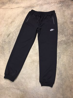 Nike joggers size large for Sale in Alexandria, VA