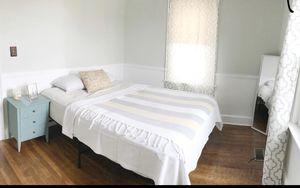 "10"" Signature Sleep Memory Foam Mattress and Frame for Sale in Edmonds, WA"