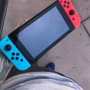 Nintendo switch for Sale in Laveen Village, AZ