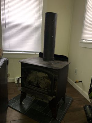 1999 Patriot Wood Burner Stove for Sale in Lewistown, OH