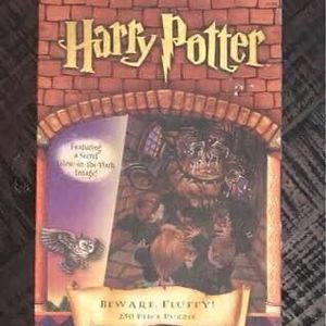 Harry Potter Beware Fluffy 250 piece puzzle Complete just $5 for Sale in Port St. Lucie, FL