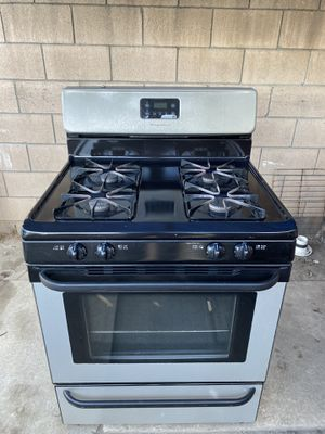 Frigidaire stove for Sale in Bell, CA