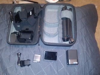 GoPro CHDHX-502 HERO5 Black 4K Waterproof Action Camera With Lots Of Extras for Sale in Renton,  WA