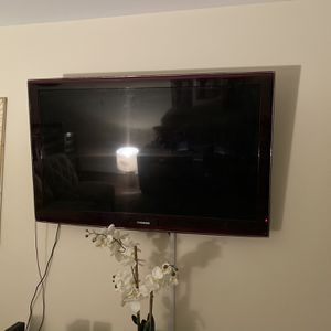 "52"" Samsung TV for Sale in West Palm Beach, FL"
