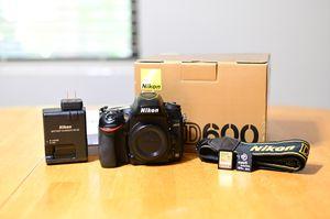 Nikon D600 for Sale in Denver, CO