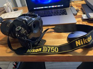 Nikon D750 w/extras for Sale in Converse, TX