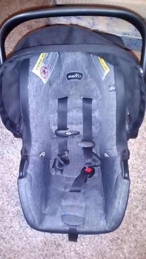 Evenflo car seat for Sale in Lebanon, OR