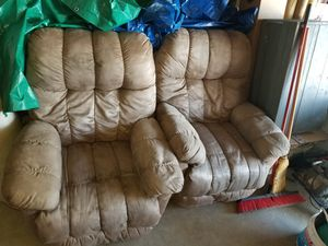 Living room chairs for Sale in Bay City, MI