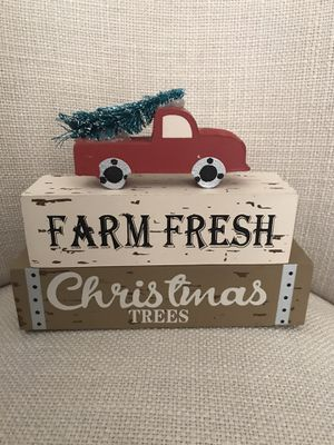 Adorable Christmas decor for any room in your home. for Sale in Pembroke Pines, FL