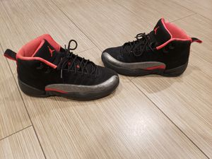 Jordan 12s Retro Gs size 7Y for Sale in Jacksonville, FL