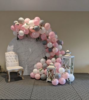 Marble Laminate Round Backdrop for Sale in Spanaway, WA