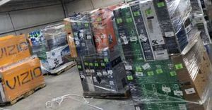TV warehouse liquidation event !!! New open box!! Act fast! ZUF for Sale in Santa Fe Springs, CA