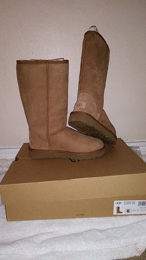 UGGs Classic Tall Size 6 for Sale in City of Industry, CA