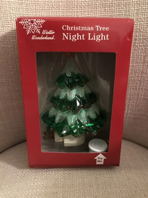 Christmas tree night light. Kids will love this in their room. for Sale in Pembroke Pines, FL