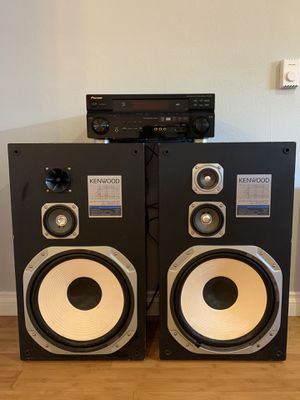 Receiver and Speakers for Sale in Seattle, WA