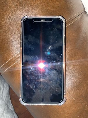 iPhone 10R MAX T-Mobile Black with case Unlock for Sale in Los Angeles, CA