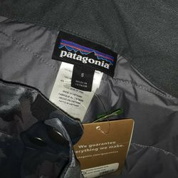 Patagonia WOMENS small Snoboard Pants for Sale in Seattle,  WA