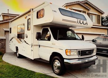 2003 Fleetwood Tioga Great for Sale in Denver,  CO