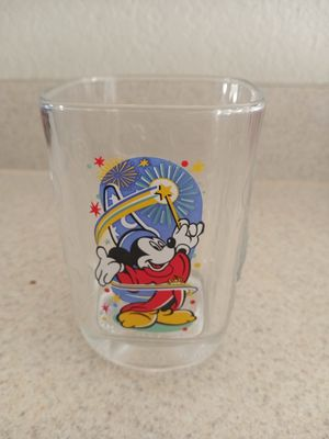 DISNEY COLLECTABLE GLASS for Sale in Brownsville, TX