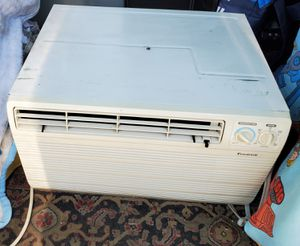Window AC unit air conditioner 12,000 BTUs for Sale in Anaheim, CA