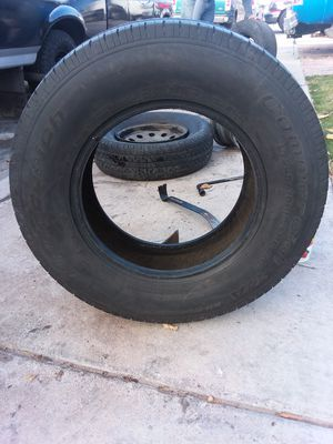 Trailer tire lt225/75r16 for Sale in Las Vegas, NV