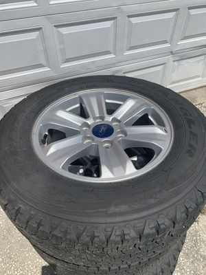 Ford 245/70/17 75% tread for Sale in Plant City, FL