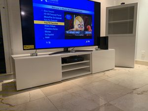Media Entertainment display set for Sale in North Miami, FL