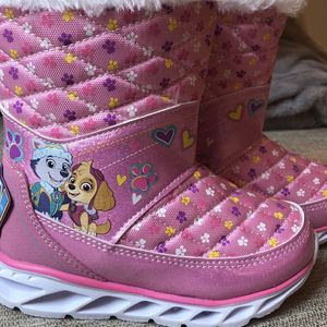 Paw Patrol light Up Snow Boots- Sizes 6, 7, 8, 9 10 (BRAND NEW) for Sale in Long Beach, CA