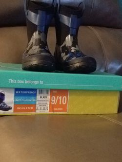 Children's Rain Boots for Sale in Puyallup,  WA