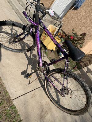 Purple bike for Sale in Sanger, CA