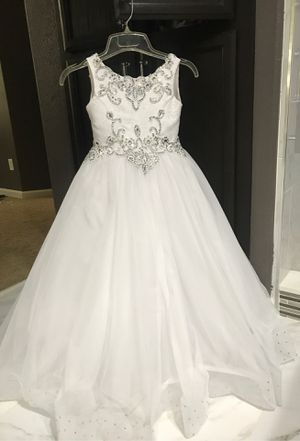 First communion/ flower girls dress size 8 for Sale in Modesto, CA