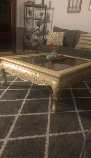 Coffee table for Sale in Ceres, CA