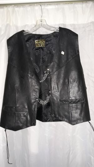 Leather Motorcycle Vest. XL for Sale in Warwick, RI